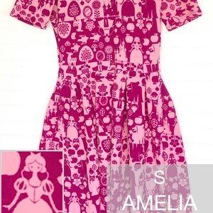Snow White LuLaRoe Amelia